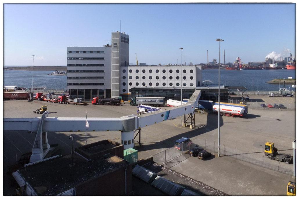 DFDS Fährterminal in Ijmuiden