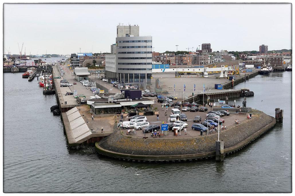 2018 - Hafen von Ijmuiden, Kop van de Haven, DFDS-Ferryterminal