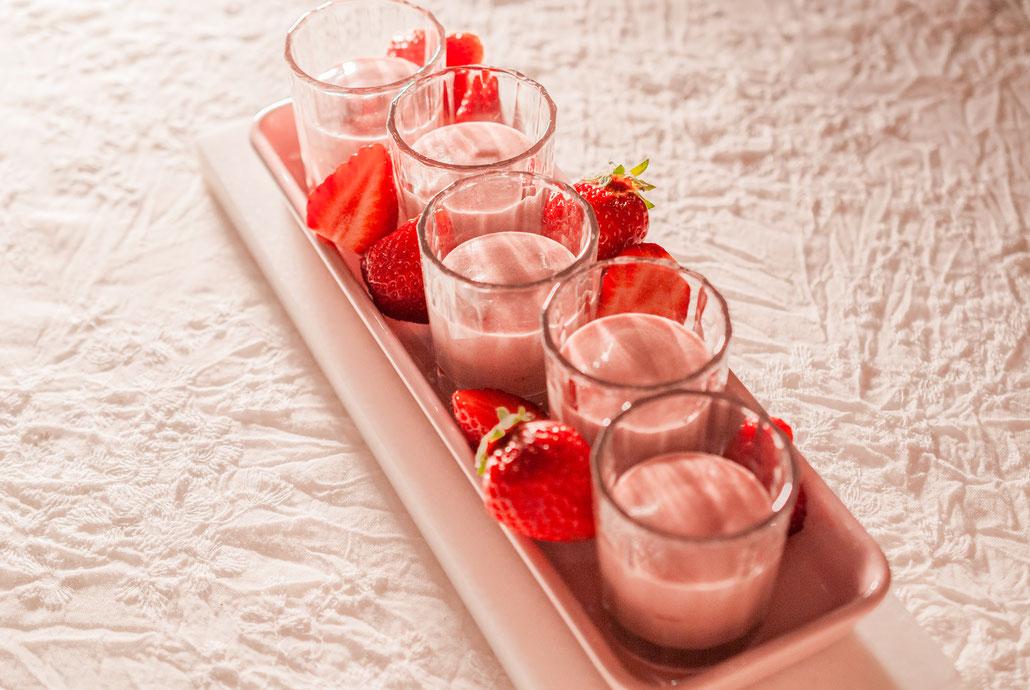 Pink Chocolate Mousse with Strawberries, Fleur*Fleur*, fleurfleur