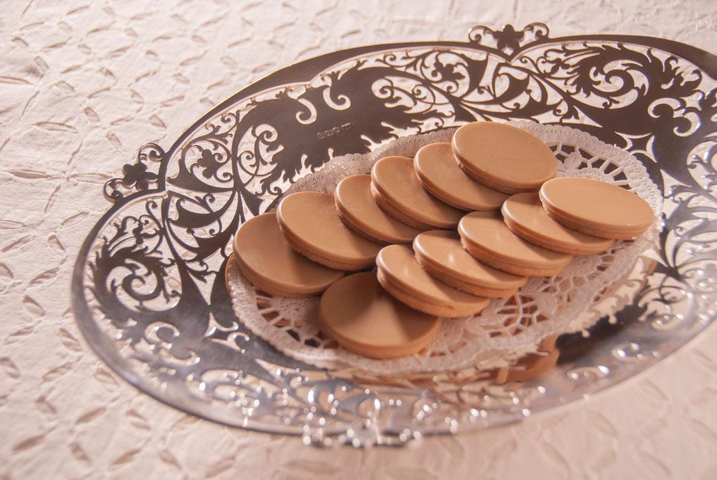 ORELYS (Valrhona, 35% Cacao Chocolate) with Cookies, Fleur*Fleur*, fleurfleur