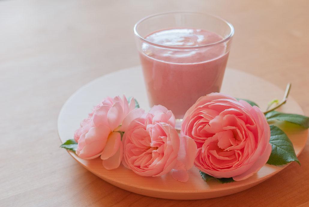 Raspberry Yogurt Smoothie with Blendtec, Fleur*Fleur*