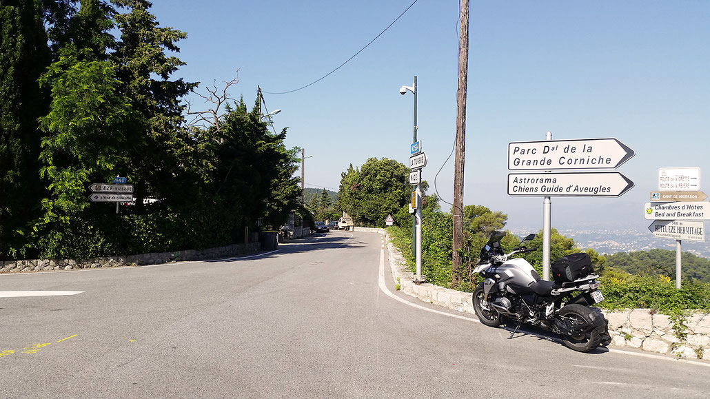 0513 - F - Col d'Èze © Pässe.Info