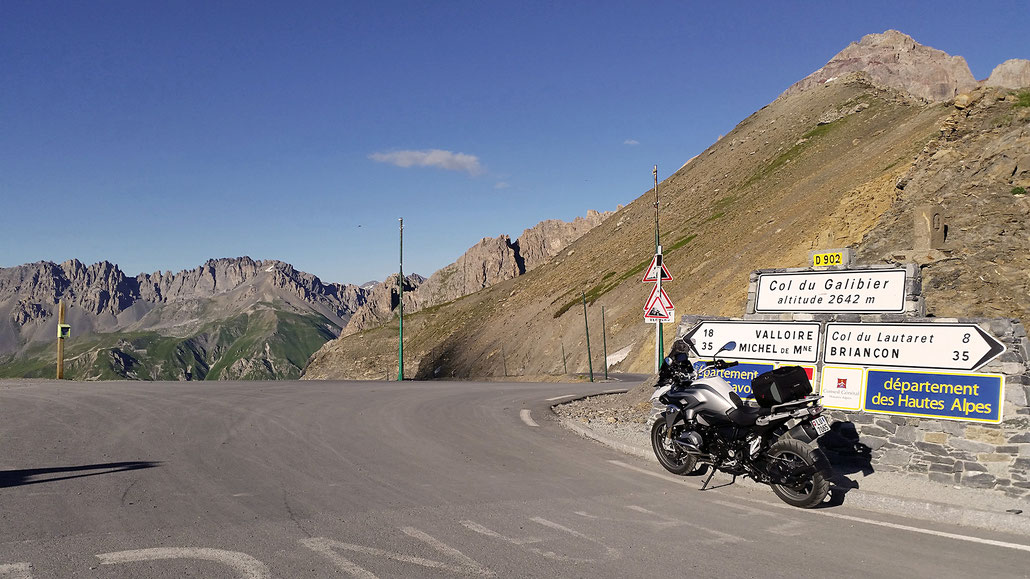 2642 - F - Col du Galibier © Pässe.Info