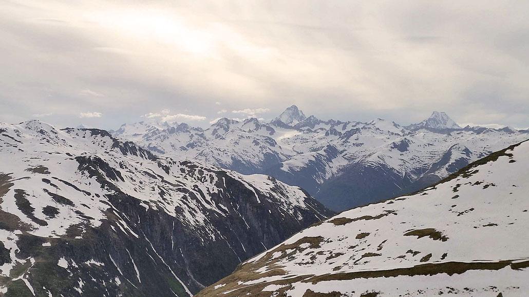 Walliser Alpen Nufenenpass © Pässe.Info