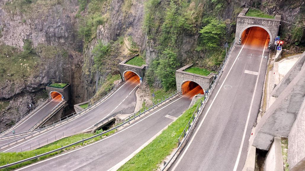 Tunnel Passo San Boldo (Passo Sant Ubaldo) © Pässe.Info