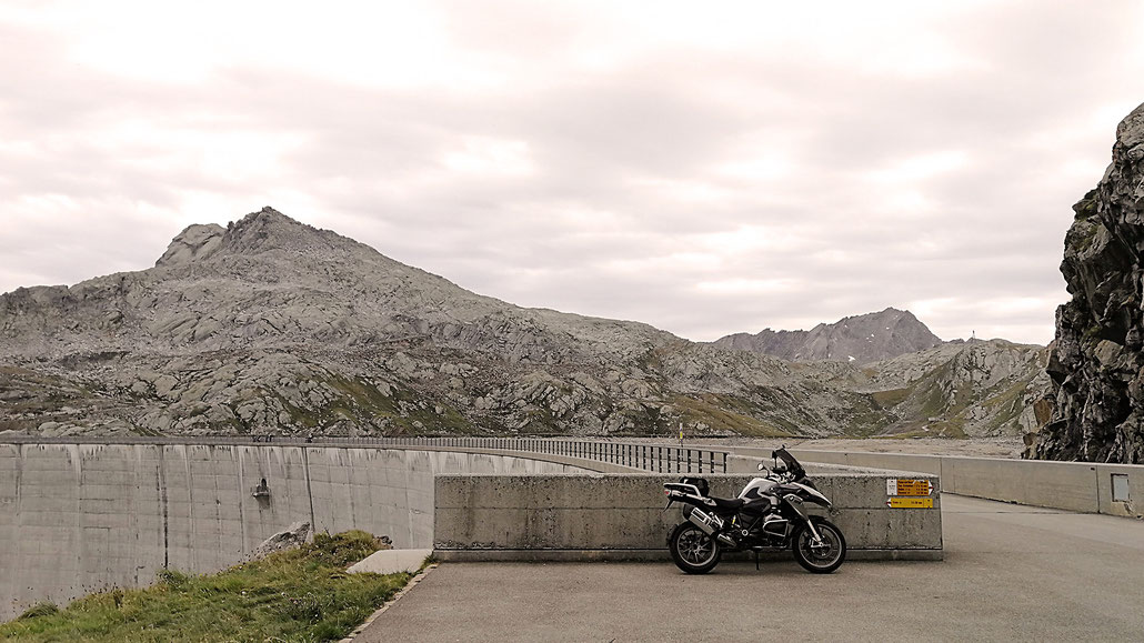 2310 - CH - Lago Naret (Vallemaggia, Maggia-Tal) © Pässe.Info