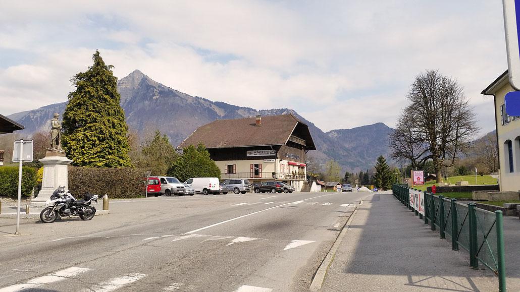0742 - F - Col du Châtillon-sur-Cluses © Pässe.Info