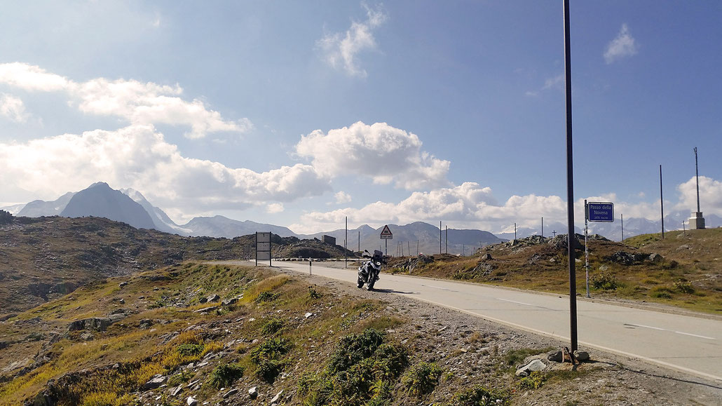 2478 - CH - Nufenen-Pass (Passo della Novena) © Pässe.Info