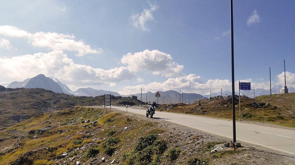 2478 - CH - Nufenenpass (Passo della Novena) © Pässe.Info