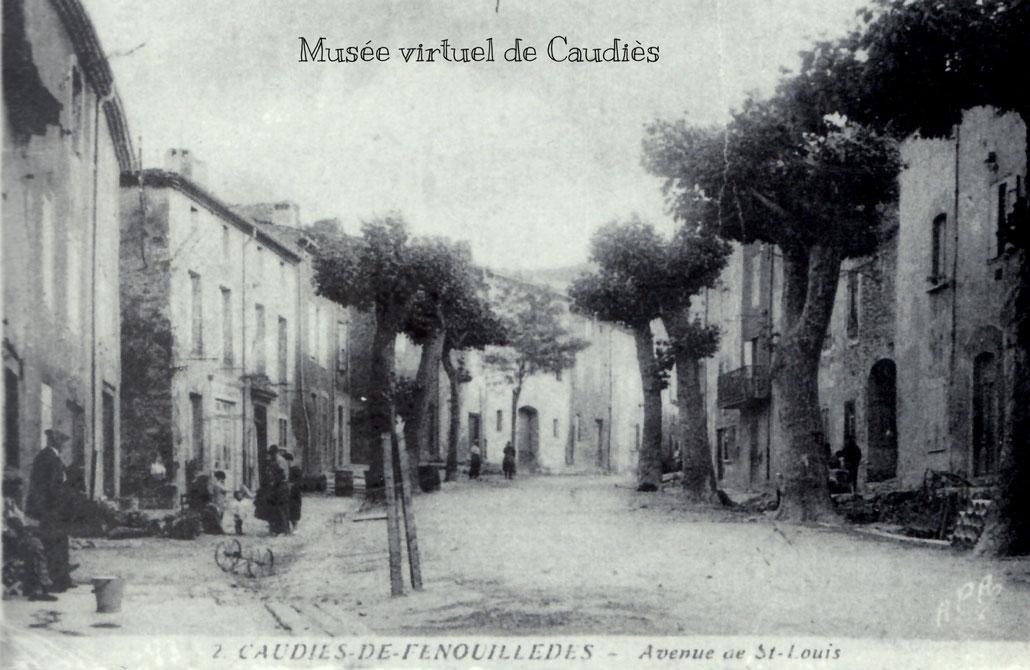 """Carte postale extraite du livre """"FENOUILLÈDE(S)"""" de Pierre Cantaloube"""
