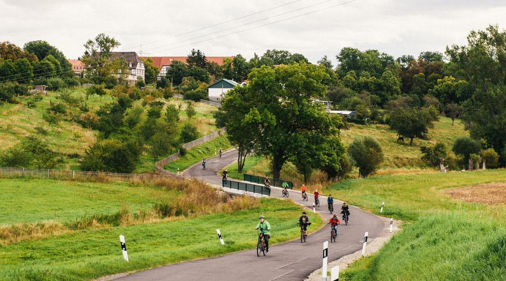 RadfahrerInnen bei Holzdorf im Weimarer Land