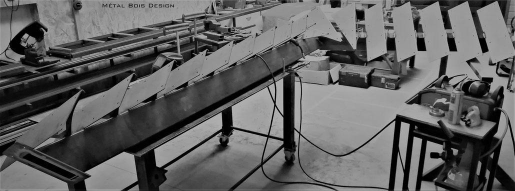 Atleir de fabrication d'escalier, verrière, mobilier et décoration métaliques sur mesure - Métal Bois Design