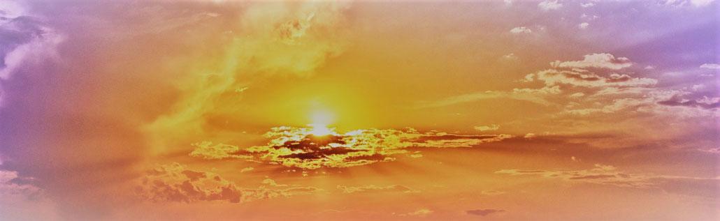 Himmel, Wolken, Strahlen, goldenes Licht