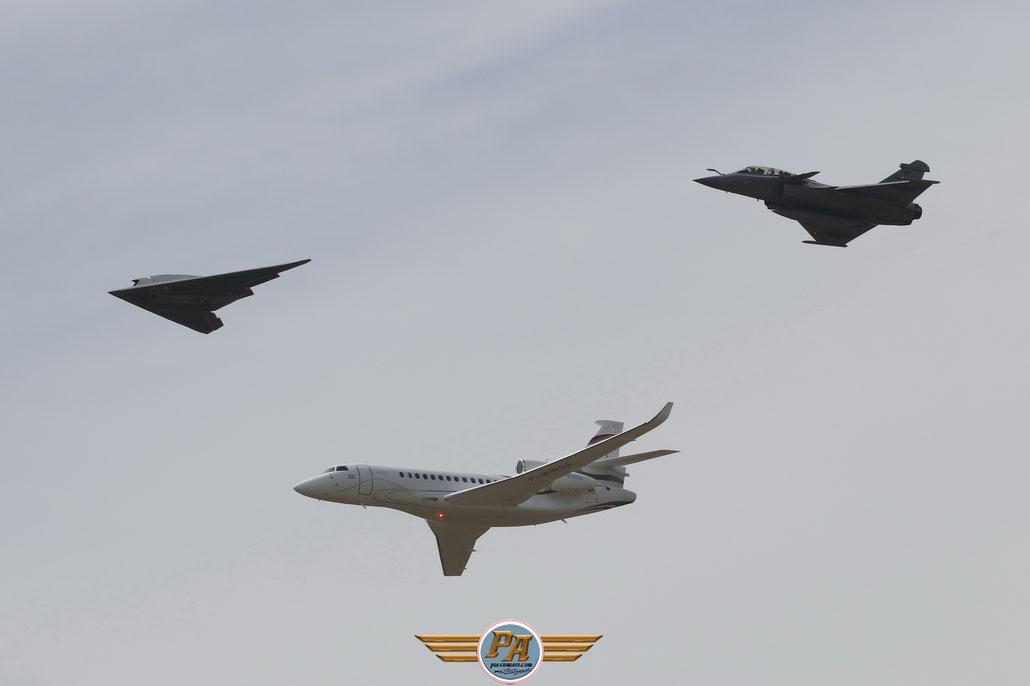 100 ans de Dassault - Neuron, Falcon 8X et Rafale B