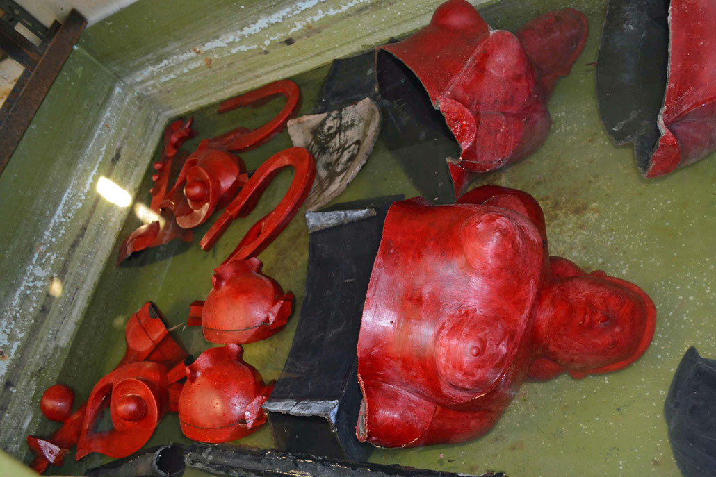 Fonderia Artistica Mariani casts for famous sculptors like Fernando Botero, Mitoraj and Helaine Blumenfeld.