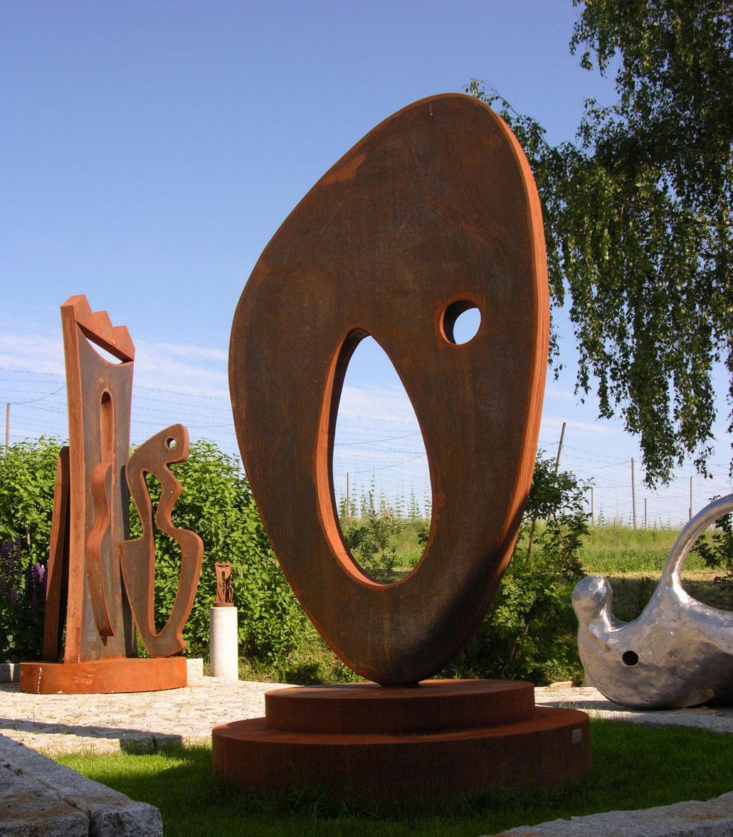 Richard Serra uses Corten steel too for his modern abstract sculptures