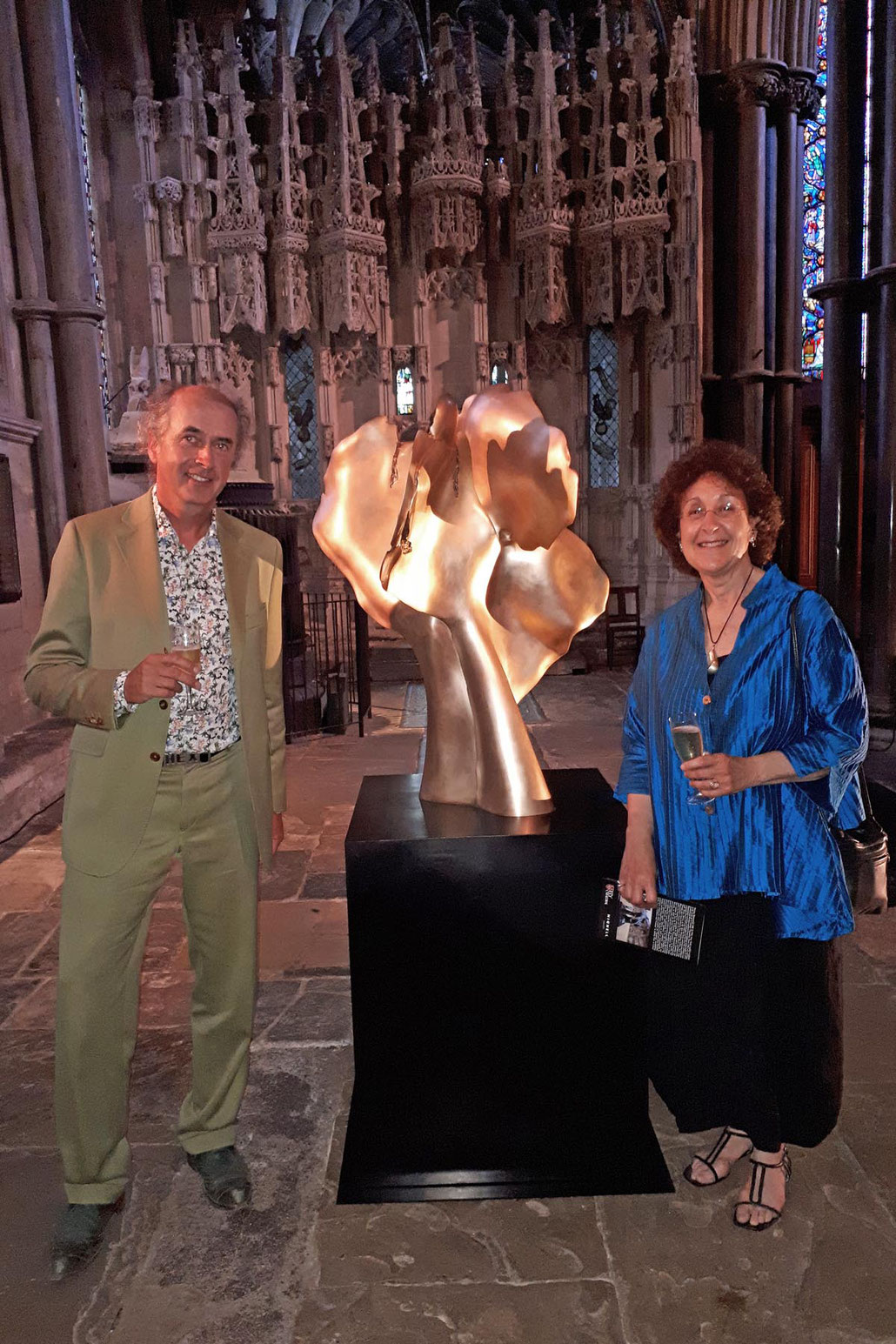 HEX and Shelly Robzen admire a sculpture by Helaine Blumenfeld OBE inside the cathedral of Ely. This is a MASTERPIECE. Hignell Gallery London.