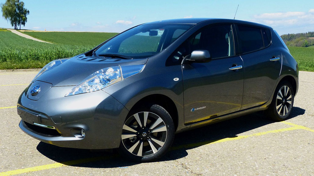 2017 nissan leaf tekna mit 30 kwh batterie im einzeltest. Black Bedroom Furniture Sets. Home Design Ideas