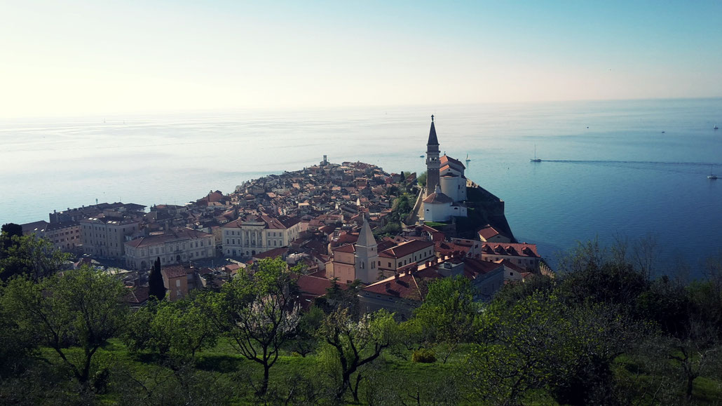 Sight-seeing tour to Piran, a beautiful town on the Istrian coast where the Marathon went through.