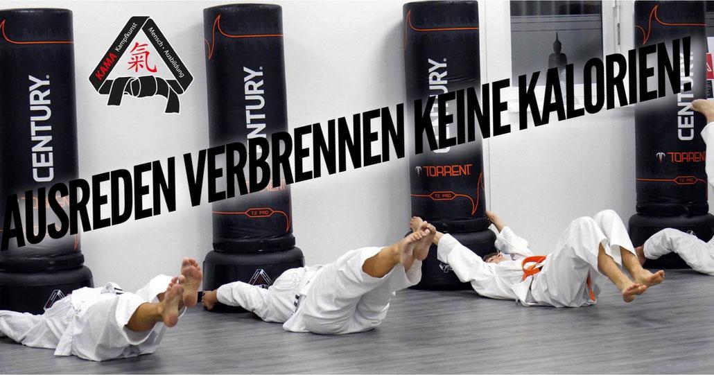 Fitness: Im Karatezentrum Oer-Erkenschwick steht beim Training natürlich auch körperliche Fitness auf dem Programm...