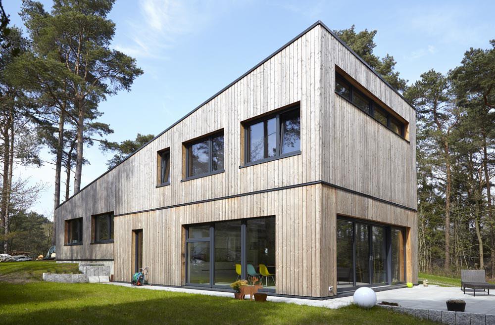 Einfamilienhaus, Holzrahmenbau mit Lärchenholzfassade  Neubau 2014-2015