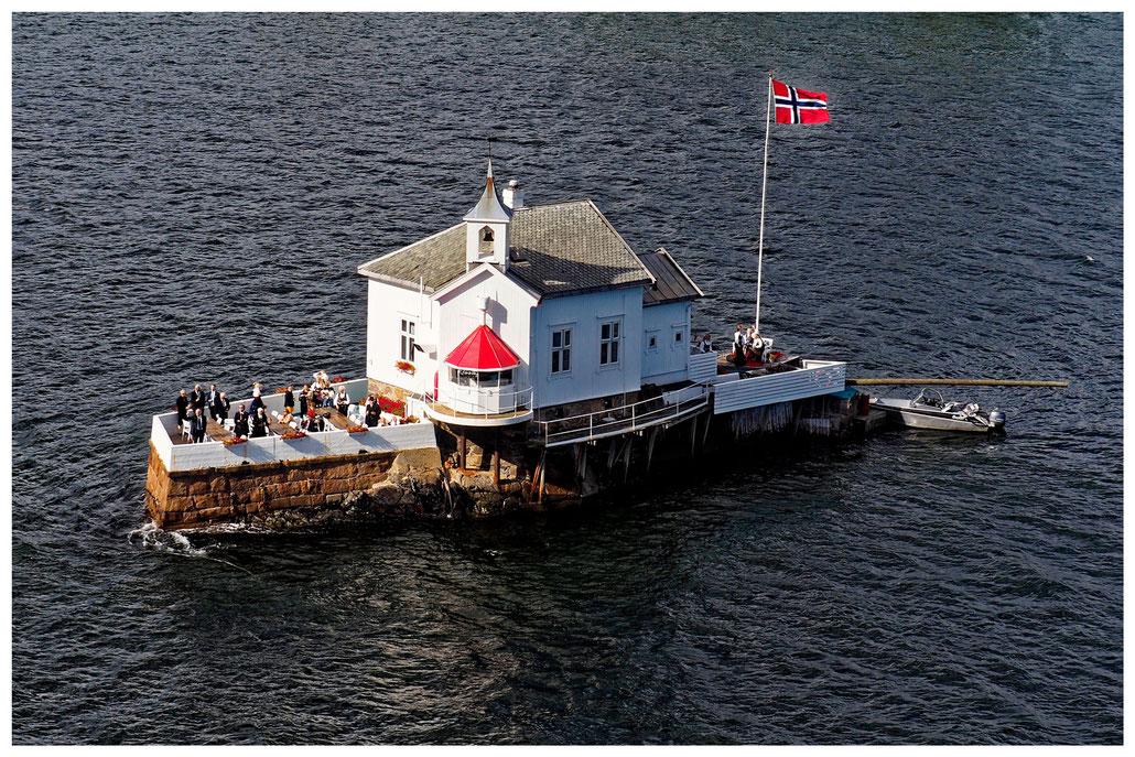 Restaurant Dyna Fyr auf einer winzigen Insel im Oslofjord