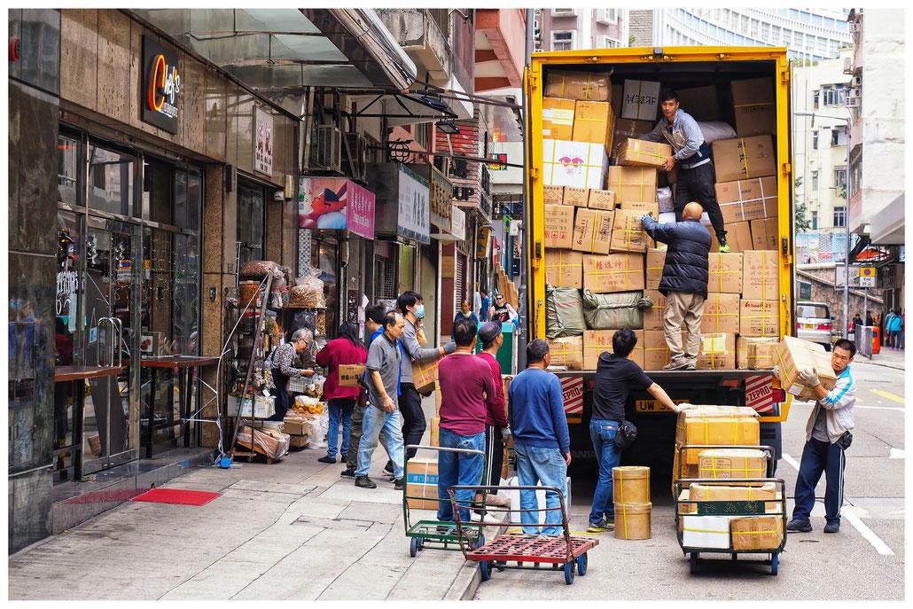 Hongkong - Sheung Wan - Des Voeux Road West - Warenlieferung
