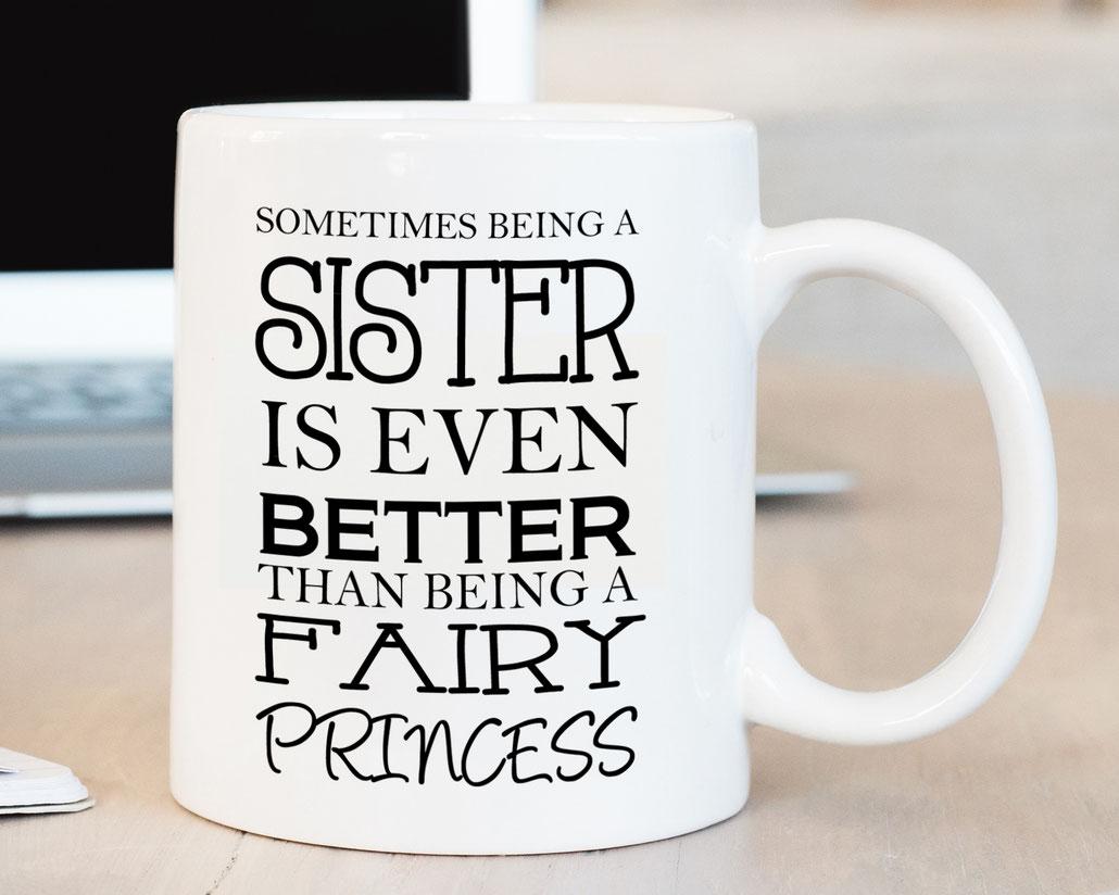 Tasse mit Spruch Wohnen & Leben Geschenk Schwester