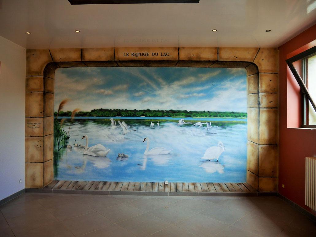 fresque-trompe-l'oeil-lac-paysage-fausse-pierre