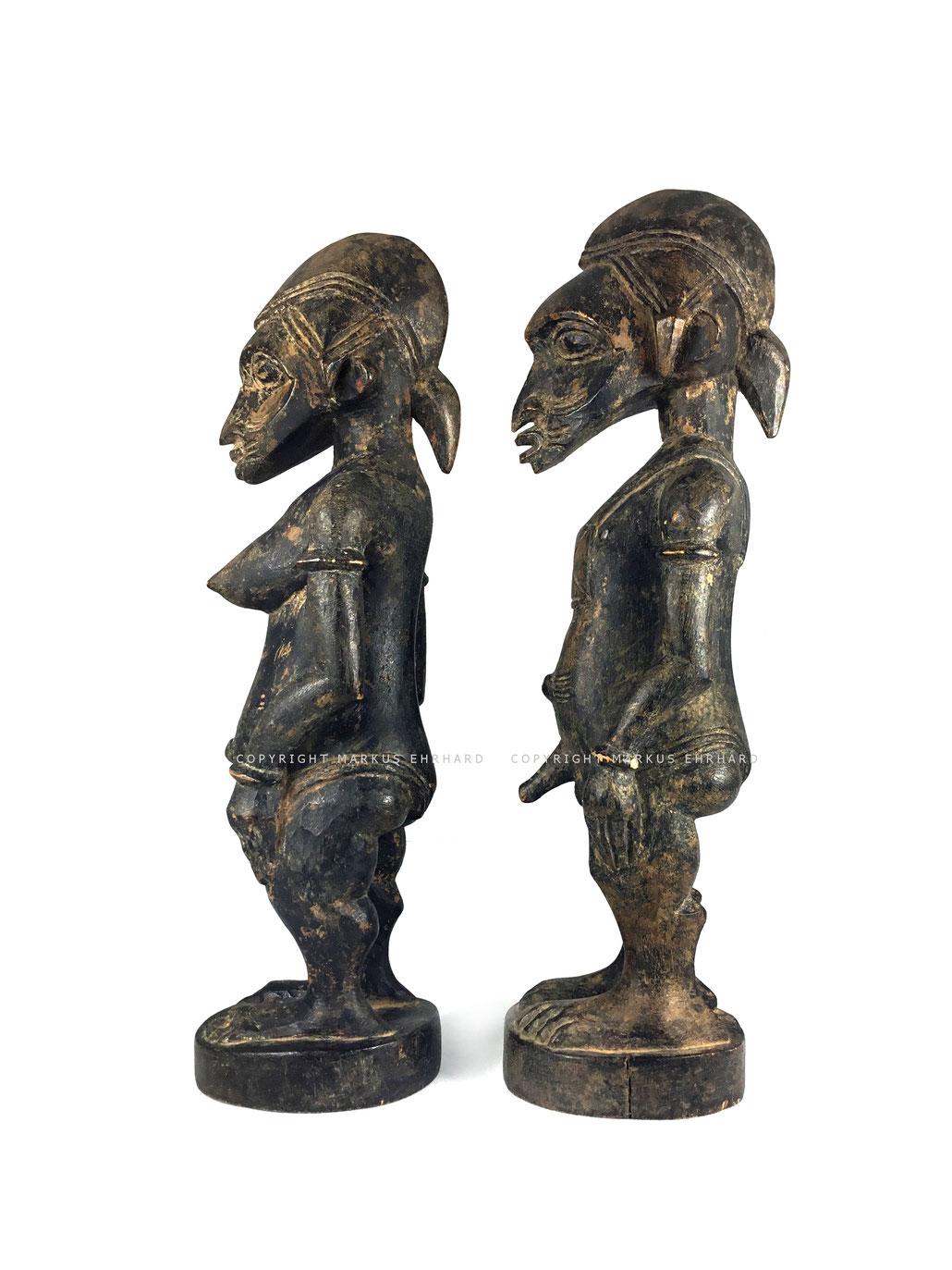 Senufo Tugubele couple by Sabariko Koné, Ouézomon