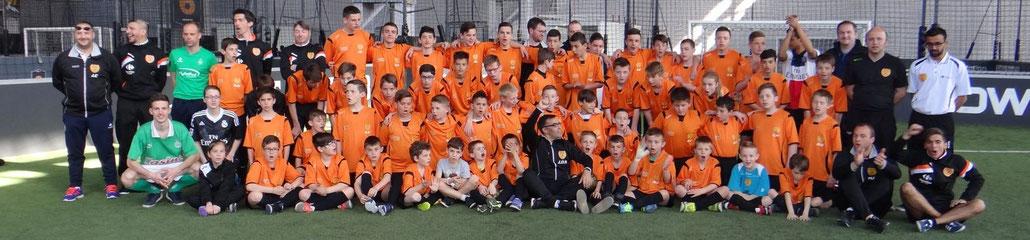 Tout le groupe à l'Urban soccer de Saint Etienne