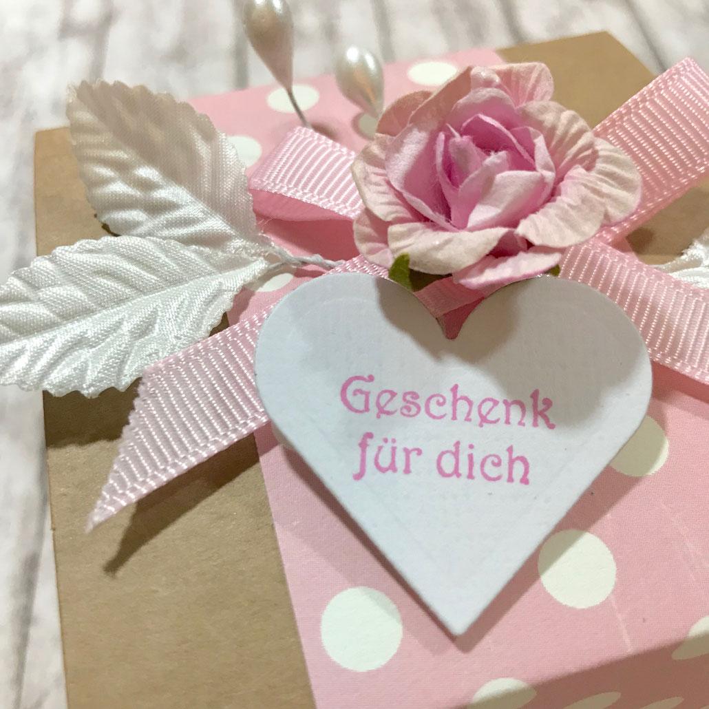Geschenkbox Kraftkarton