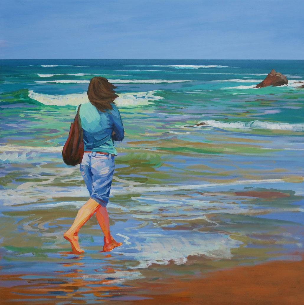 Mujer en la playa de Meron. Santander. 110 x 110 cm. Acrílico sobre lienzo.
