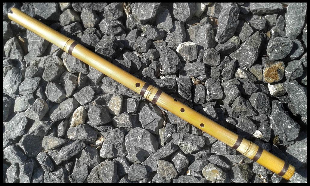 Flöte des alten Volkes