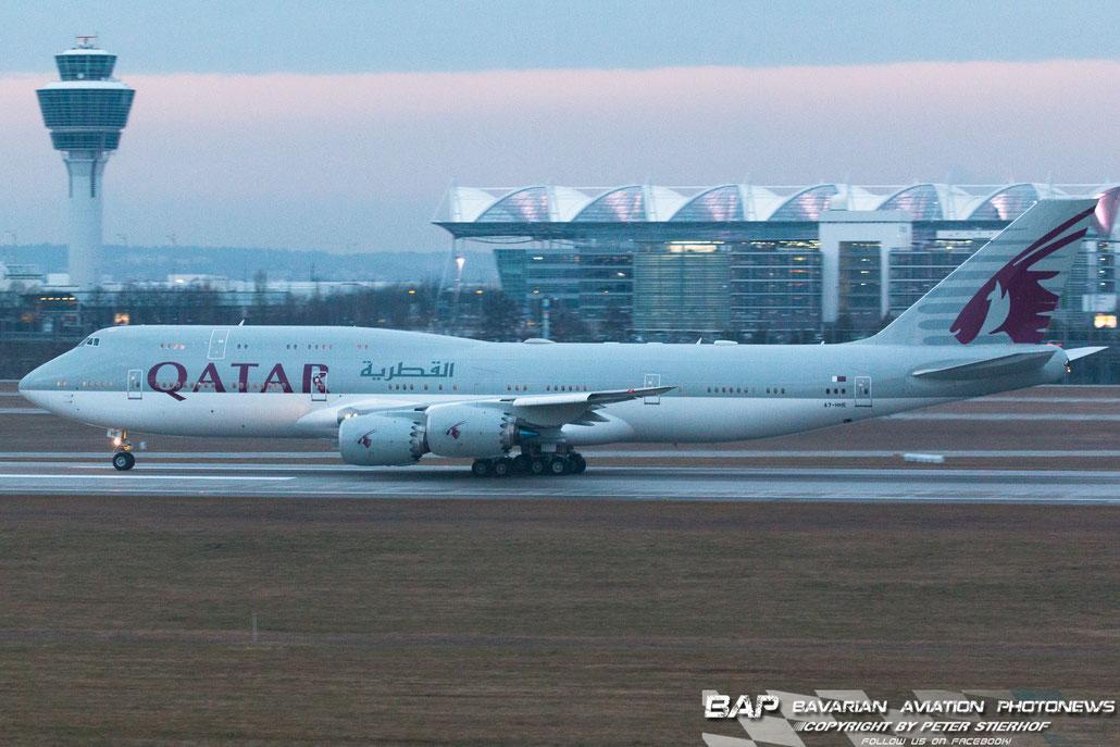 Die Regierungsdelegation aus Qatar beim Ablfug am vergangenen Freitag Abend Richtung Doha.