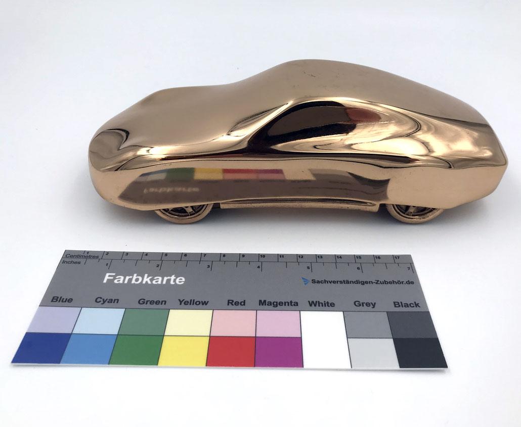 """Edition Gottfried Bechtold  """"Elf-Elf"""" Bronze Porsche Edition (golden Porsche)"""