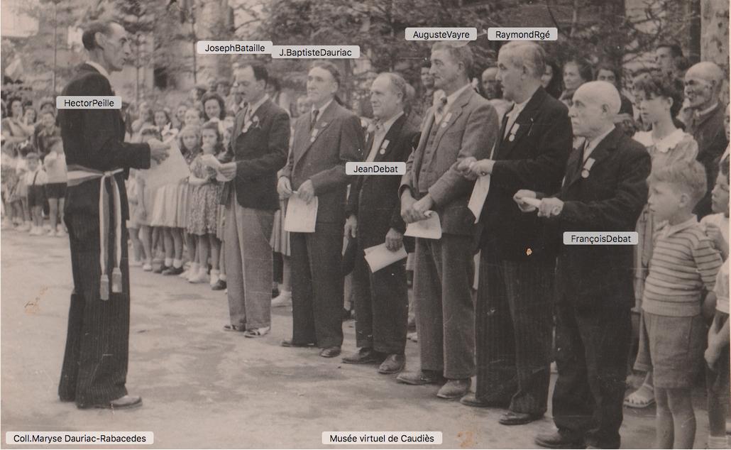 Remise des Médailles des Sapeurs-Pompiers  14 Juillet 1948 (?)