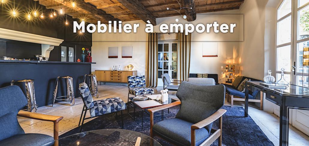Les meubles et luminaires XXème du Hameau des Baux