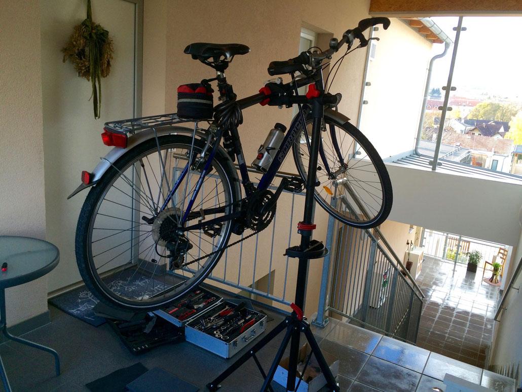 Der Umbau meines alten Fahrrades verursachte mir einige Kopfzerbrechen, hat mich aber der Technik eines Fahrrades ein Stück näher gebracht.