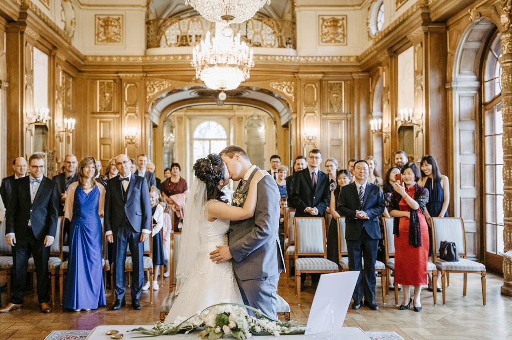 Hochzeitskuss schloss waldenburg