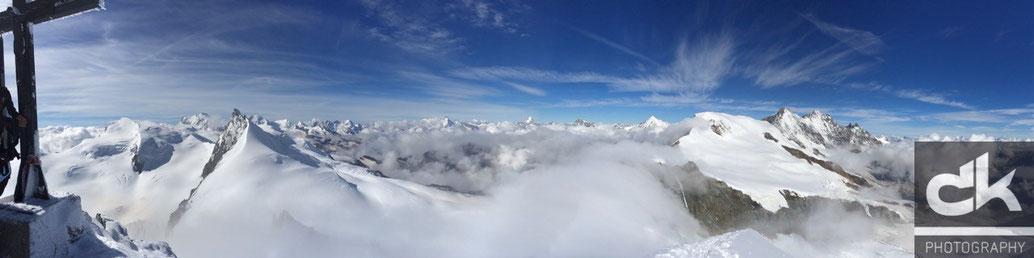Gipfelpanorama auf dem Allalinhorn
