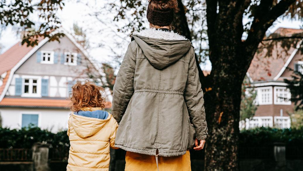 Über das MutterSEIN, MutterSEIN, einfach SEIN, Feminismus, Hausfrau, Mutter, Frau sein, Familie, neue Familienkonzepte, neue Lebenskonzepte