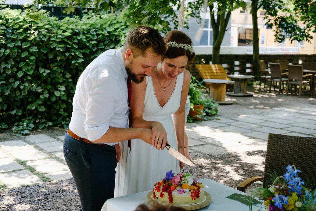 Hochzeit Magdeburg -  Hochzeitsfotograf -  Hochzeitstorte Magdeburg