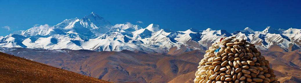 Himalaya-Panorama mit Mount Everest und Cho Oyu vom Pang La von Tibet her gesehen