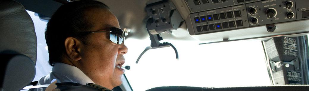 Prem Rawat als Pilot