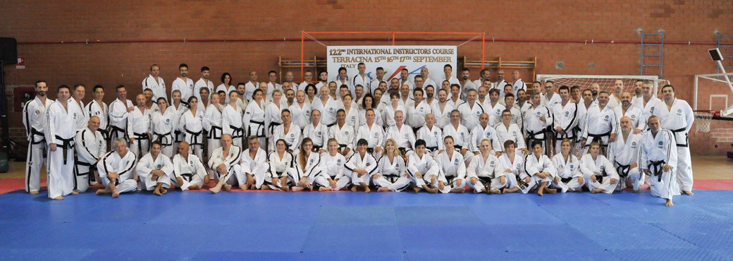 ITF-Taekwon-Do IIC Gruppenfoto in Terracina, Italien