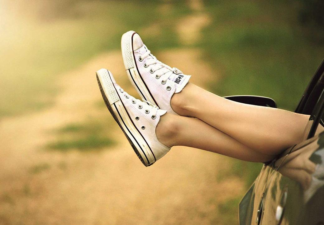 Gewohnheiten ändern etablieren #12x12habits Beine Vans Auto Motivation Leben ändern