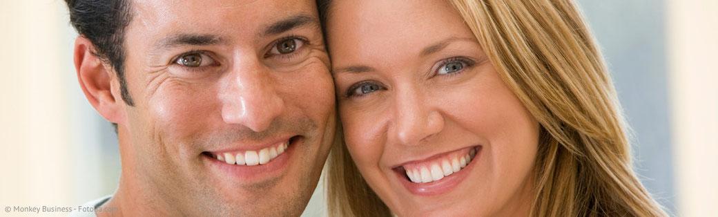 Welche Möglichkeiten für schöne weiße Zähne gibt es?