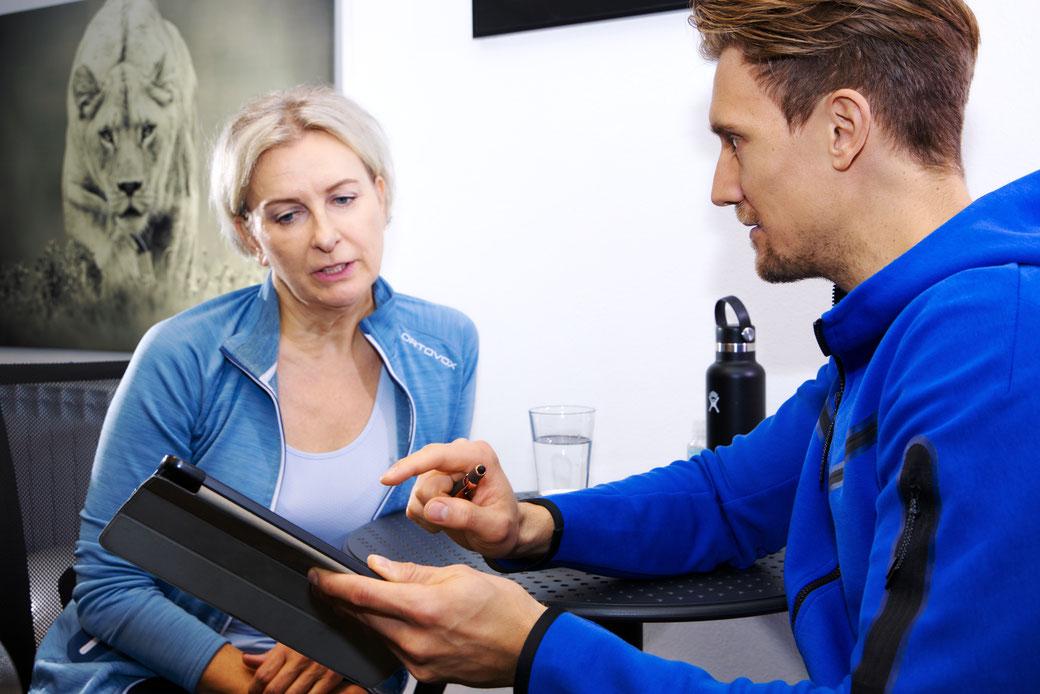 Krafttraining mit freien Gewichten, Krafttraining lernen, Personal Trainier Peter Simon