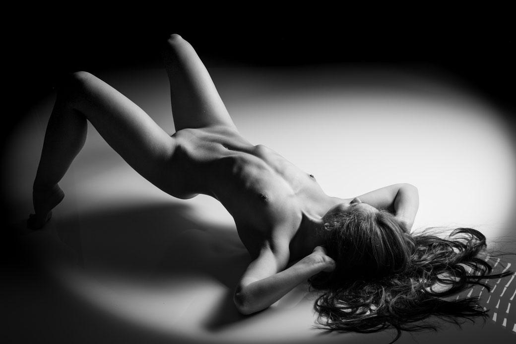 Erotisches Aktfoto Fine-Art-Nude fotodesign BRAUNSCHWEIG